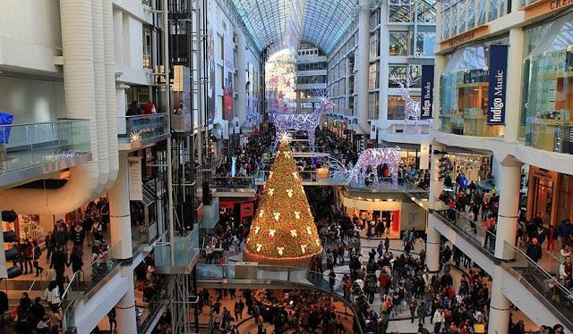 Shopping Centre Eaton Montreal