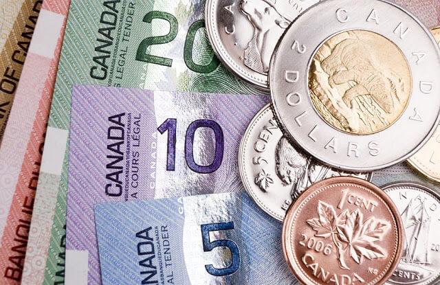 Como levar dinheiro para Toronto