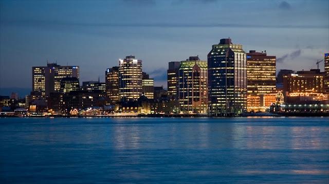 Quanto levar de dinheiro para Halifax