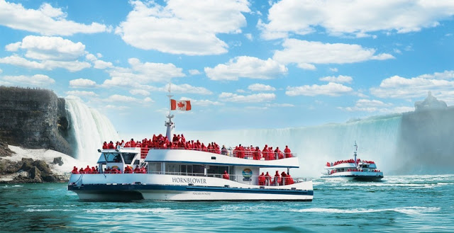 Passeio de barco Hornblower em Niagara Falls