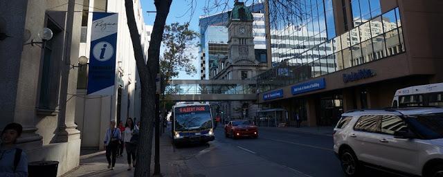 Como andar em Regina de transporte público