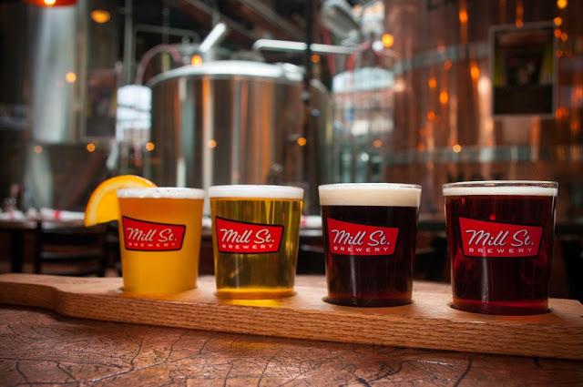 Bar Mill Street Brew Pub em Toronto